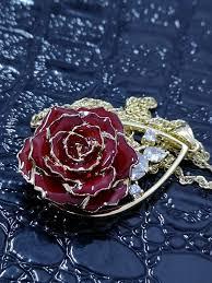 الورد الطبيعي On Twitter عقد الورد الطبيعي المطلي بالذهب المطرز