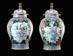 Large pair of Chinese export porcelain black ground vases & covers | Cohen  & Cohen - Artwork Details