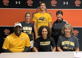 SOFTBALL: Smith finds connection with Southern Miss - The Edwardsville  Intelligencer