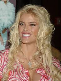 Anna Nicole Smith dies after collapsing at Florida hotel; tabloid bombshell  was 39 | PostIndependent.com