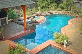 custom pool builder in the woodlands