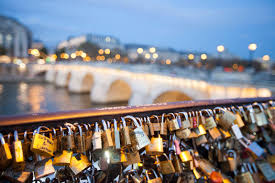 Paris Has a 'Love Lock' Problem | Smart News | Smithsonian Magazine