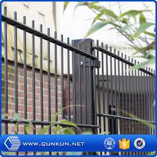 China Hot Dipped Galvanized Pvc Coated Welded Wire Fence Designs China Welded Wire Fence Designs Wire Mesh Fening