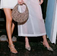 bag is the cur street style hit