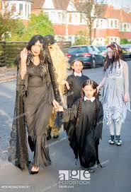 Myleene Klass goes trick or treating with her daughters Hero Harper and Ava  Bailey Quinn in North..., Stock Photo, Picture And Rights Managed Image.  Pic. WEN-WENN23098297 | agefotostock