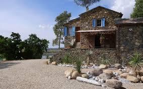 location villa bergerie au bord d un