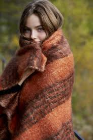 Photoshoot image by Polly Keller in 2020 | Fall photoshoot, Plaid throw  blanket, Autumn fashion