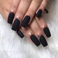 nail salons near aveda insute