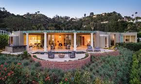 A Timeline of Ellen DeGeneres and Portia de Rossi's Real Estate ...