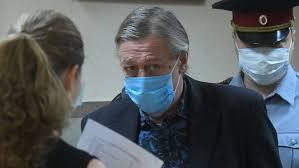Суд оглашает приговор Михаилу Ефремову - Радио Sputnik, 08.09.2020