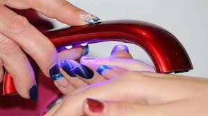 what does a gel polish change cost