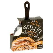 the cast iron skillet cinnamon roll