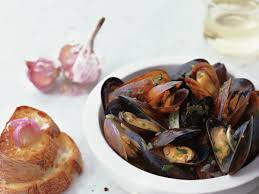 Sauvignon Blanc-Steamed Mussels with ...