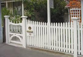 Picket Fence Gate Wood Fence Gates Picket Fence Wooden Gates Fences Driveway Gates Wooden Gate Design Trends Graindesigners Com