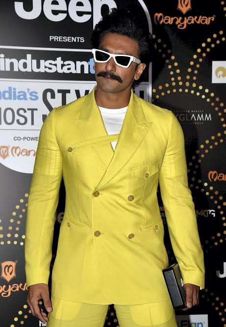 """Image result for Ranveer singh looks at the Awards"""""""