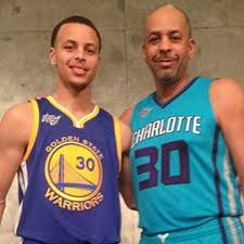 Stephen and Dell Curry pose for awesome family photo after 3-point contest  - SBNation.com