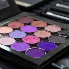 how to build custom makeup palettes to