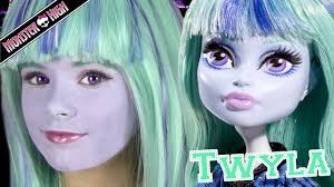 monster high twyla doll costume makeup