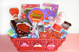 35 ideas for valentine gift baskets