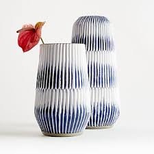 decorative vases glass and ceramic