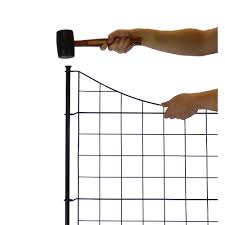 Zippity Outdoor Products Semi Permanent Black Metal Garden Fence 25 Inch Tall 5 Pack The Home Depot Canada