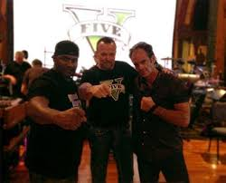 """GTA News 😷 RockstarINTEL.com on Twitter: """"Shawn Fonteno (Franklin) Ned  Luke (michael) and Steven Ogg (trevor) #GTAV http://t.co/ivcpX64DkO"""""""