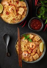 curry laksa - malaysian curry mee ...