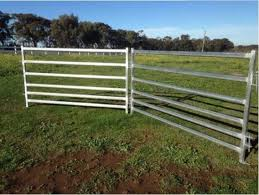 China High Quality Hot Dipped Galvanized Livestock Metal Fence Panels China Livestock Metal Fence Galvanized Livestock Panels