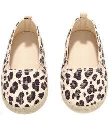 Giày búp bê da beo bé gái H&M   Bé gái, Giày búp bê, Búp bê