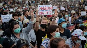 Thai protesters' rally pushes demands for democratic reforms