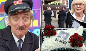 Stephen Lewis funeral: On The Buses star Anna Karen pays tribute |  Celebrity News | Showbiz & TV | Express.co.uk