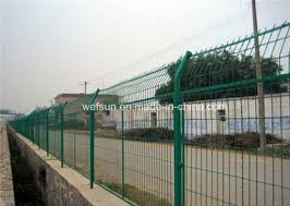 China Painted Green And Galvanized T Posts Peach Post 3d Wire Mesh Model China Steel Fence Post Steel Post