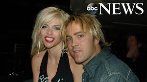 Larry Birkhead reflects on relationship with Anna Nicole Smith, what she  was really like in private - ABC News