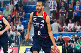 Adam Hanga will reportedly be joining the Spurs