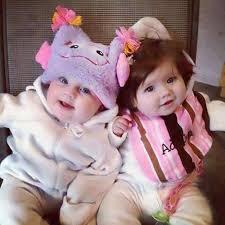 cute twin es cute baby