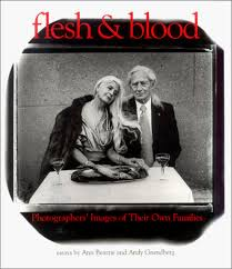 Flesh and Blood: Photographers' Images of Their Own Families   George,  Alice Rose, Heyman, Abigail, Hoffman, Ethan, Beattie, Ann, Grundberg, Andy   本   通販   Amazon