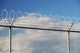 Barb Wire Fencing Barbed Wire Fencing Costs Design Ideas
