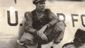 Wesley L. McDonald dies at 84; 4-star Navy admiral led 1983 U.S. invasion  of Grenada - Los Angeles Times