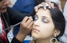 best cosmetology insutes top 10