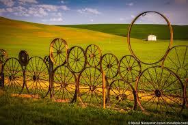 Dahmen Barn And Wagon Wheel Fence Photo Spot Uniontown