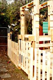 8 Free Plans Ideas To Build A Pallet Fence Diy Crafts