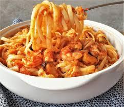 Easy pasta pescatore (seafood pasta ...
