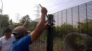 Plytec Security Fencing Tensioning Youtube