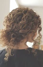 Terrific Photographs Natural Curly Hair Bride Tips Fryzury