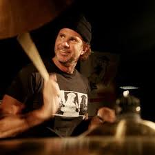 Chad Smith Biography | Famous Drummers