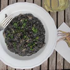 How to cook the perfect risotto nero ...