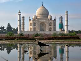 Taj Mahal opens with all COVID-19 norms in place - Rediff.com India News