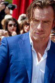 Toby Stephens - Wikipedia