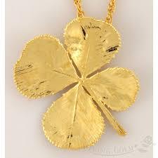 4 leaf clover pendant necklace in 24k