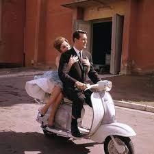 Gina Lollobrigida e Rock Hudson mentre le riprese Torna a settembre (Ostia,  Lazio, Italia - 1960)
